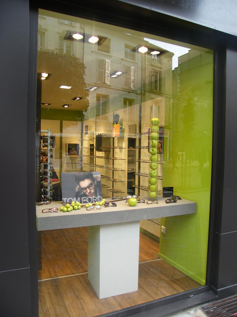 Optique du Palais, votre opticien sur Poitiers qui préserve votre vue.  Xavier Debouy, Opticien et Optométriste diplômé, spécialiste en Basse  Vision, ... dd5777196c38